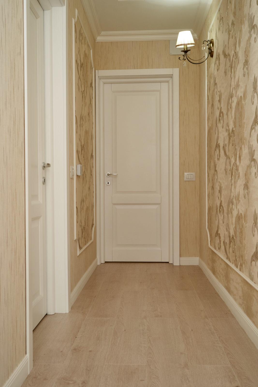 uși interioare din lemn stratificat